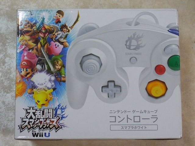 WiiU ゲームキューブコントローラー スマブラホワイト