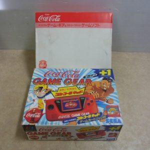 ゲームギアのコカコーラモデルの写真です