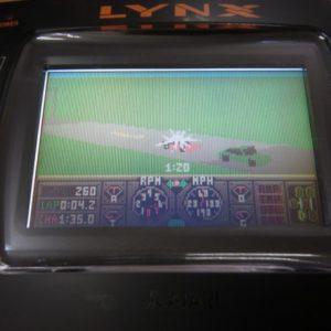 ハードドライビンのゲーム画面です
